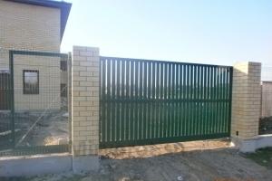 Откатные въездные ворота